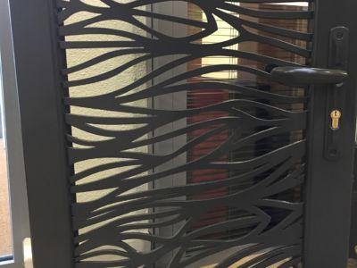 Un portillon en aluminium thermolaqué