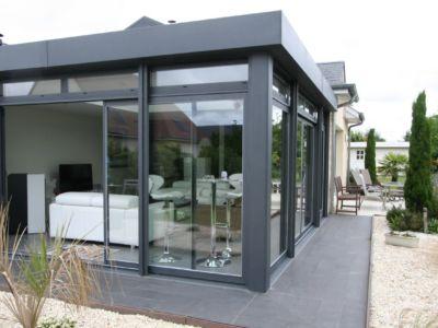 Les 5 avantages d'installer un abri de terrasse chez vous