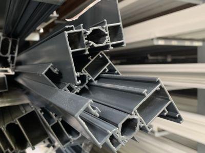 De beaux profilés aluminium Technal France pour une véranda.