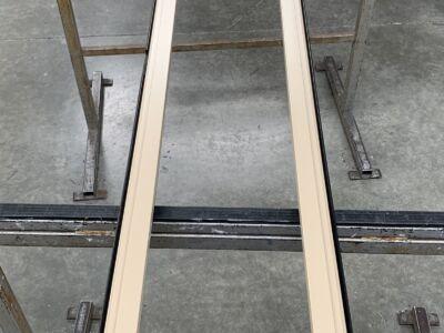 Une fenêtre tout en longueur confectionnée sur-mesure en aluminium Technal