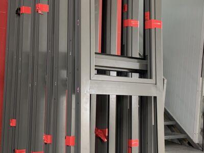 Des baies coulissantes pliantes en aluminium Technal