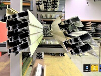 Des profilés aluminium pour une baie coulissante Technal XXL